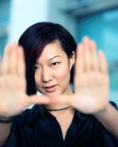 focus-hands